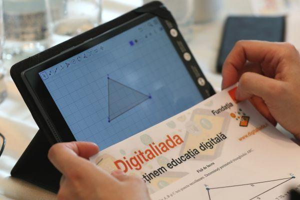 materiale-educationale-digitaliada-sm