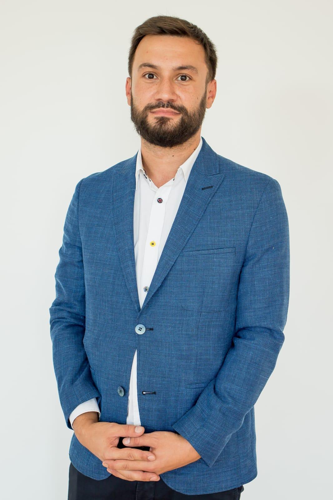 5-George-Trifan-profesor-de-informatica
